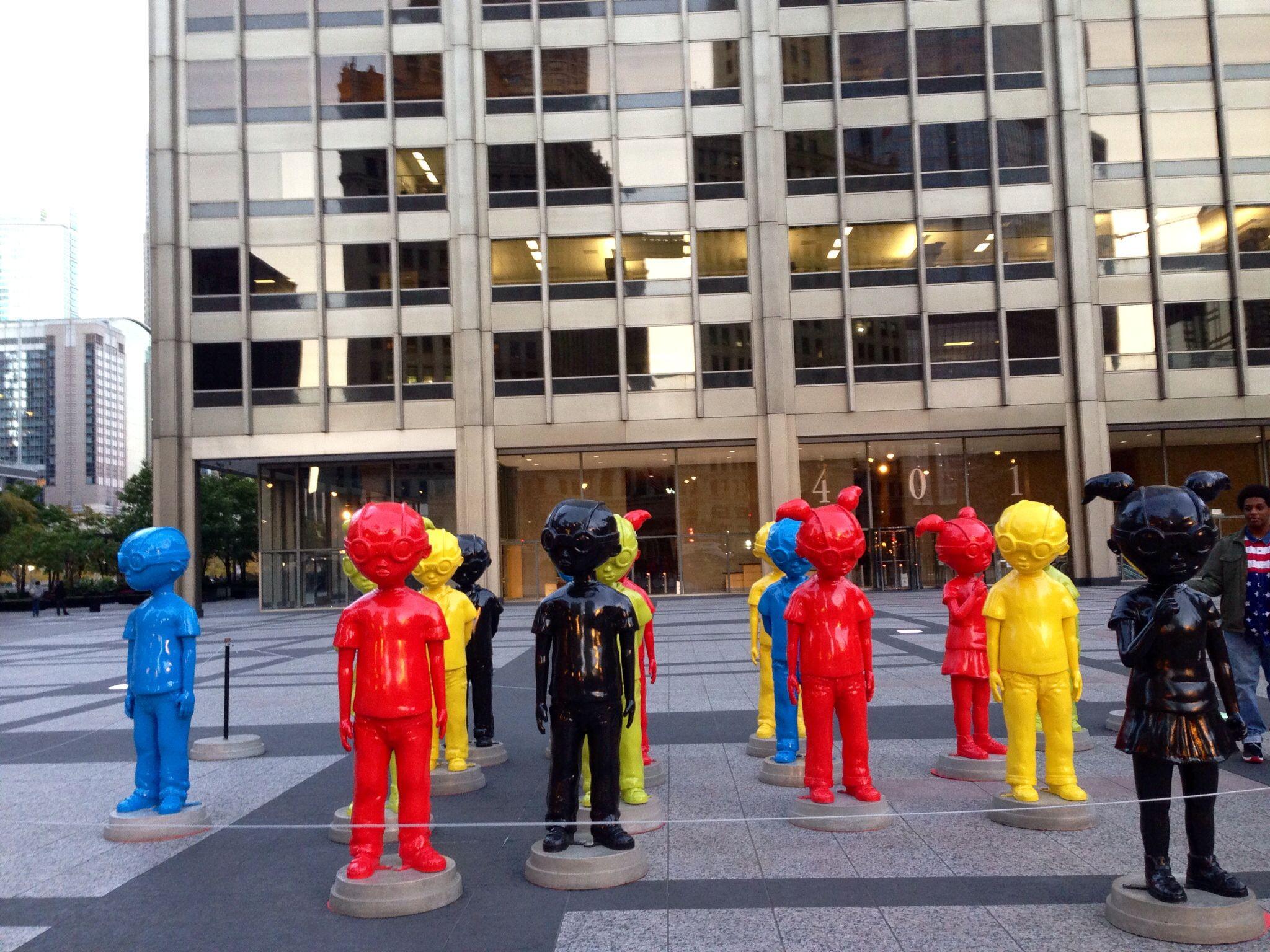 Public Art mear Chicago Tribune