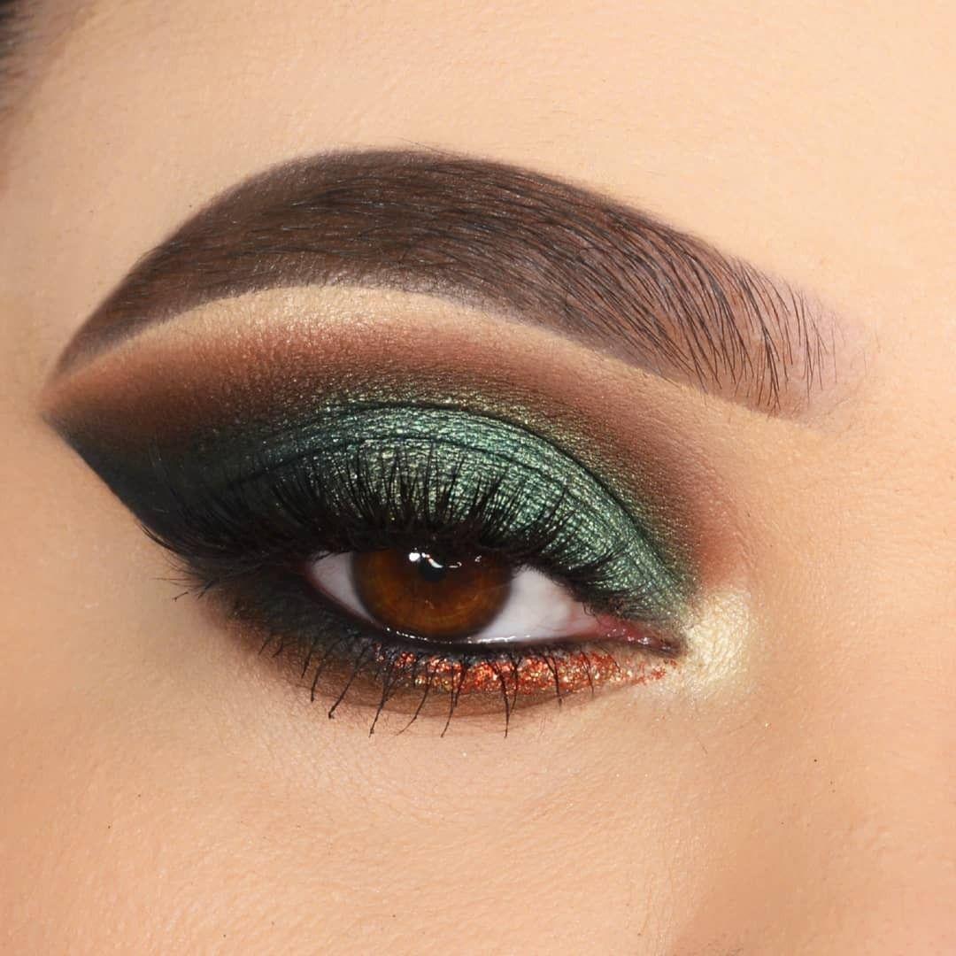 Ocean Breeze Palette in 2020 Eye makeup, Green smokey