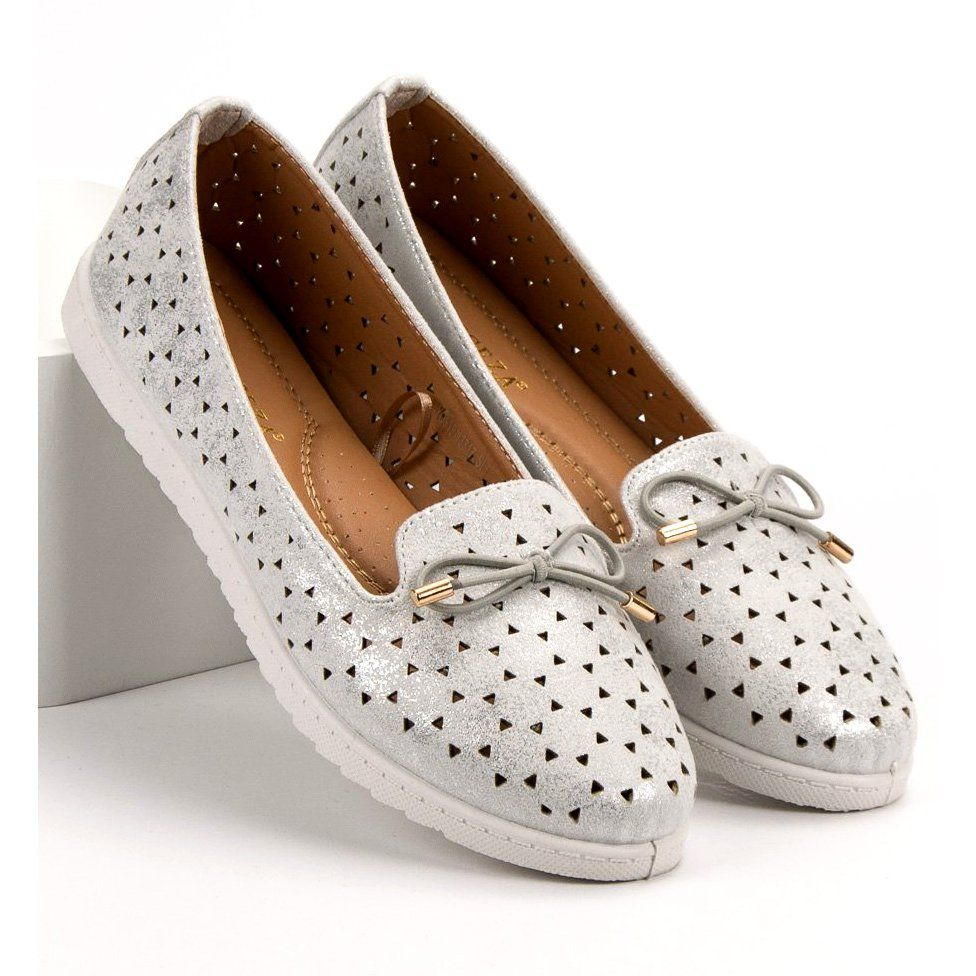 Leryy With The Vinceza Bow Grey Shoes Silver Heels Types Of Heels