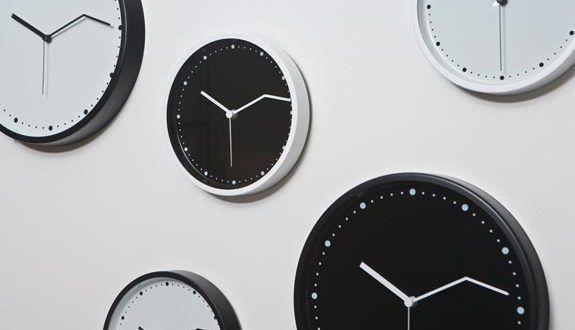 صور ساعات حائط مودرن بأشكال شيك للشقق والفلل ميكساتك Modern Clock Design Wall Clock Modern Clock