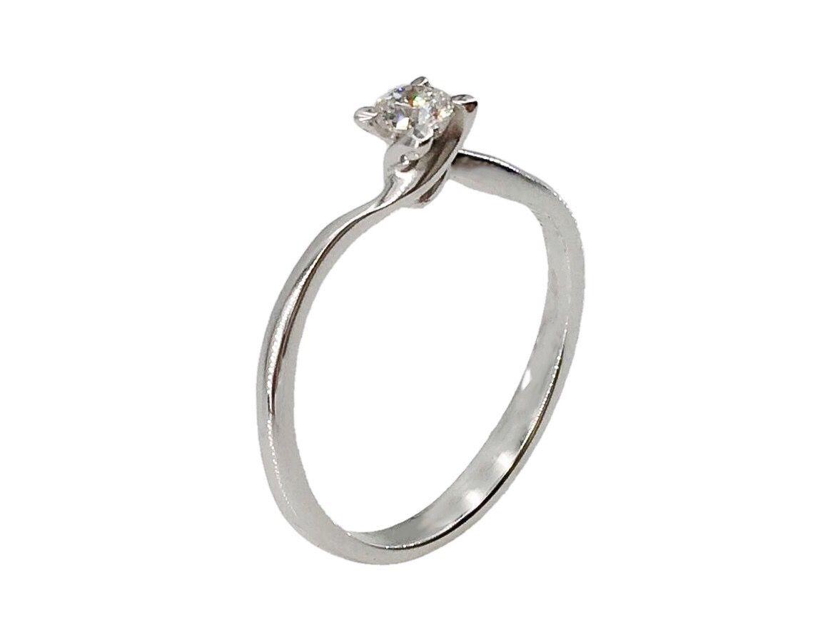 Anello Oro Solitario Diamante Ct 0 20 Anelli Anelli Di Fidanzamento E Oro Bianco