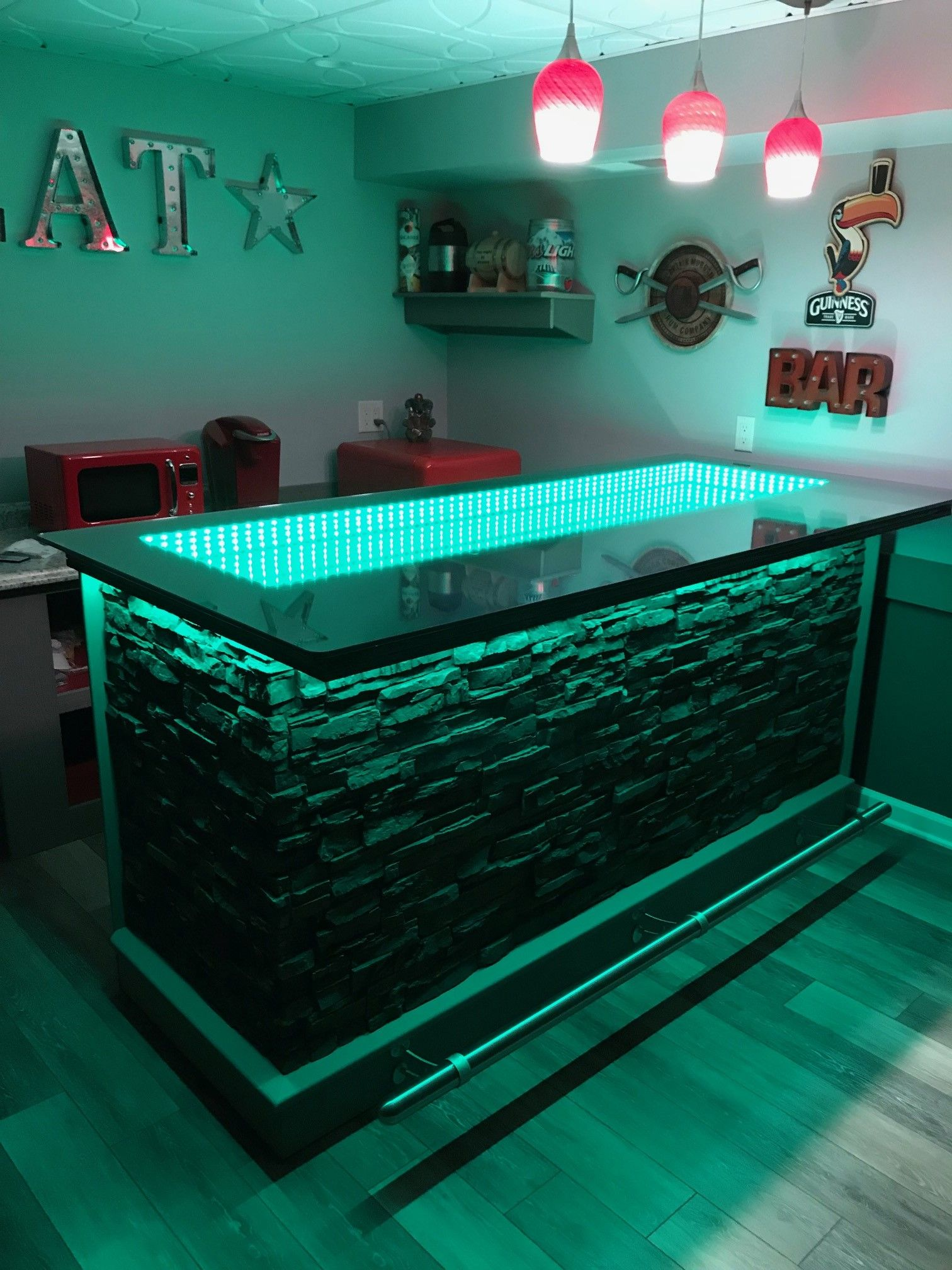 Diy Home Bar With Infinity Mirror Top In 2020 Home Bar Plans Diy Home Bar Home Bar Designs