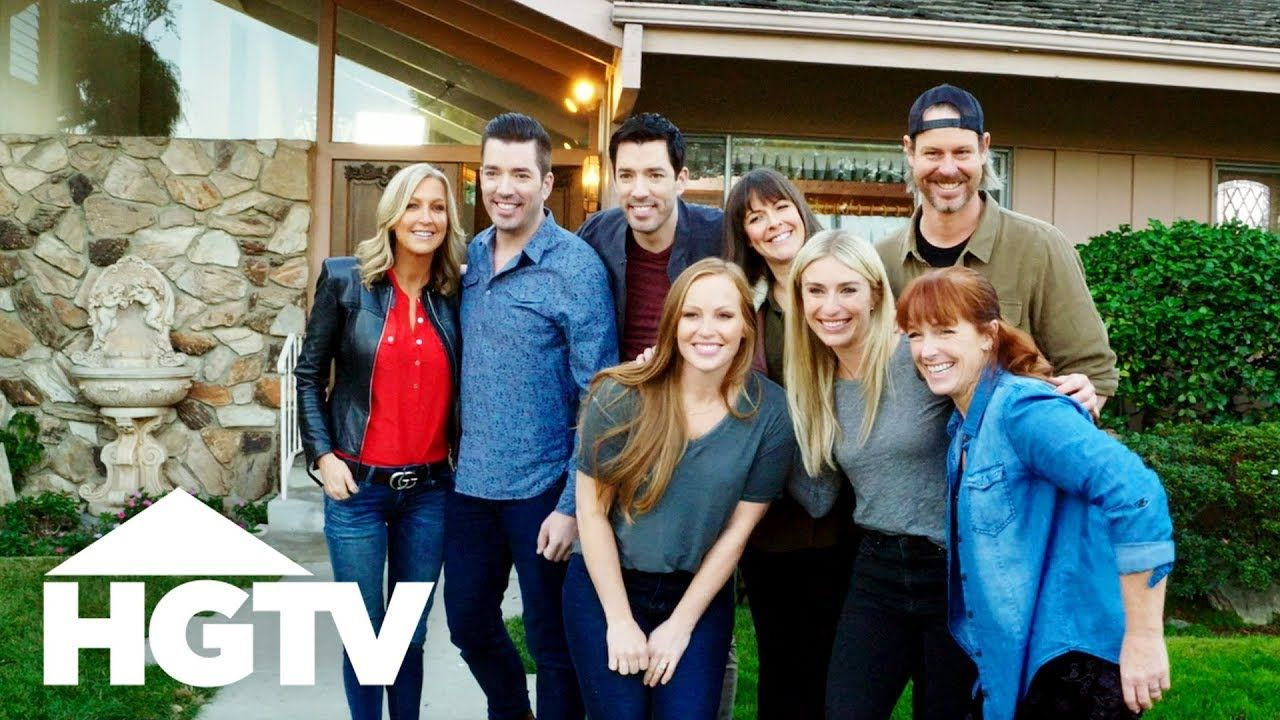 HGTV Is Renovating 'The Brady Bunch' House! - YouTube #bradybunchhouse