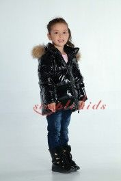 94727798f155 Pin by xiao zhu on 2014 Moncler kids hooded down jackets hot sale ...