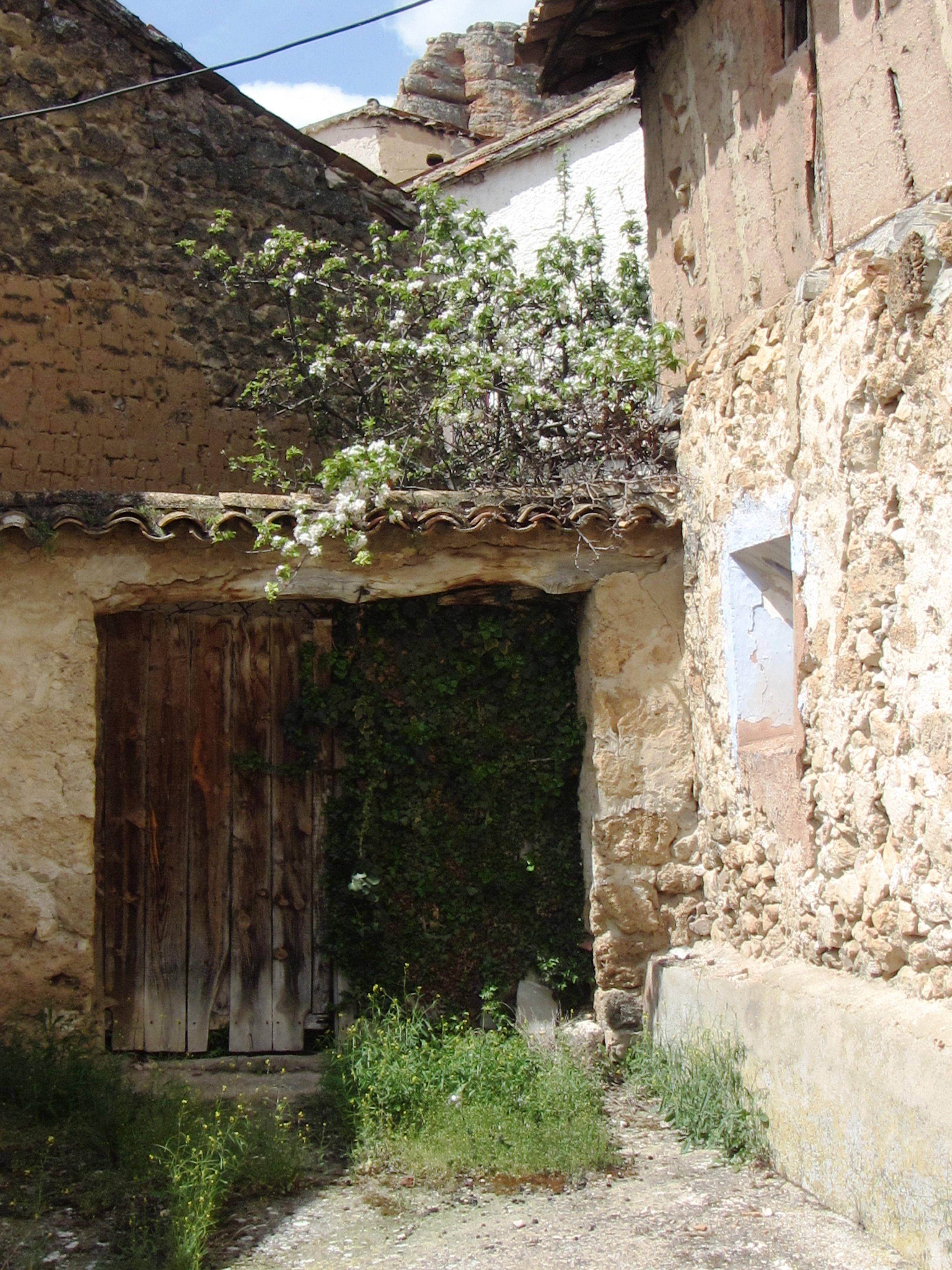 Villel de Mesa (Calle del Medio Celemín) (Casa de Leoncio,Vitorina,Ängela, Emeterio, Isidro (3)