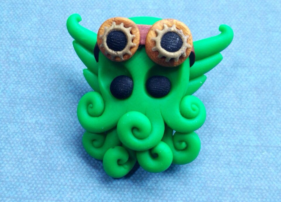 Cthulhu Pin - Steampunk - Polymer Clay by TriskeleBalance on Etsy https://www.etsy.com/listing/155900527/cthulhu-pin-steampunk-polymer-clay