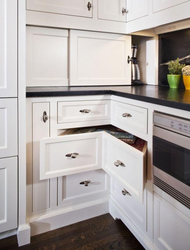 küche landhausstil weiß schublade ecke geräte verstecken Küche