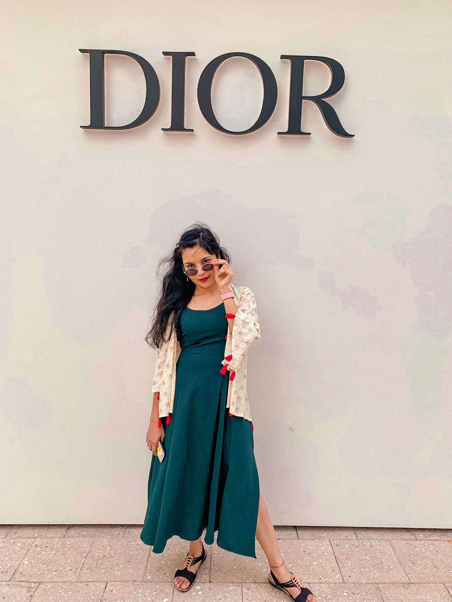 Loacated in the third floor of the Dior store ,this cafe is amazing.   #miamilifestyle #oceandrivemiami #miamivibes #lovemiami #southbeachmiami #visitmiami  #damestravel  #getlostnow #welivetotravel #aroundtheglobe #passportlife #shetravels #thenexttrip #thenexttripblog #undyinglovefortravel #explorerbabes #travelcommunity #dametravelers #travelpicsdaily #livetotravel #worldofwanderlust #thetraveltribe #travellingourplanet #ladiesgoneglobal #roamtheworld #travelhappy #travelinbetween