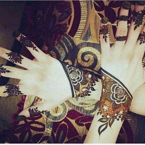 نجران On Instagram الراعي الرسمي لحسابي كهرمان للذهب Kahraman Gold Hudabeauty Hudabeauty Henn Rose Mehndi Designs Henna Hand Tattoo Mehndi Designs