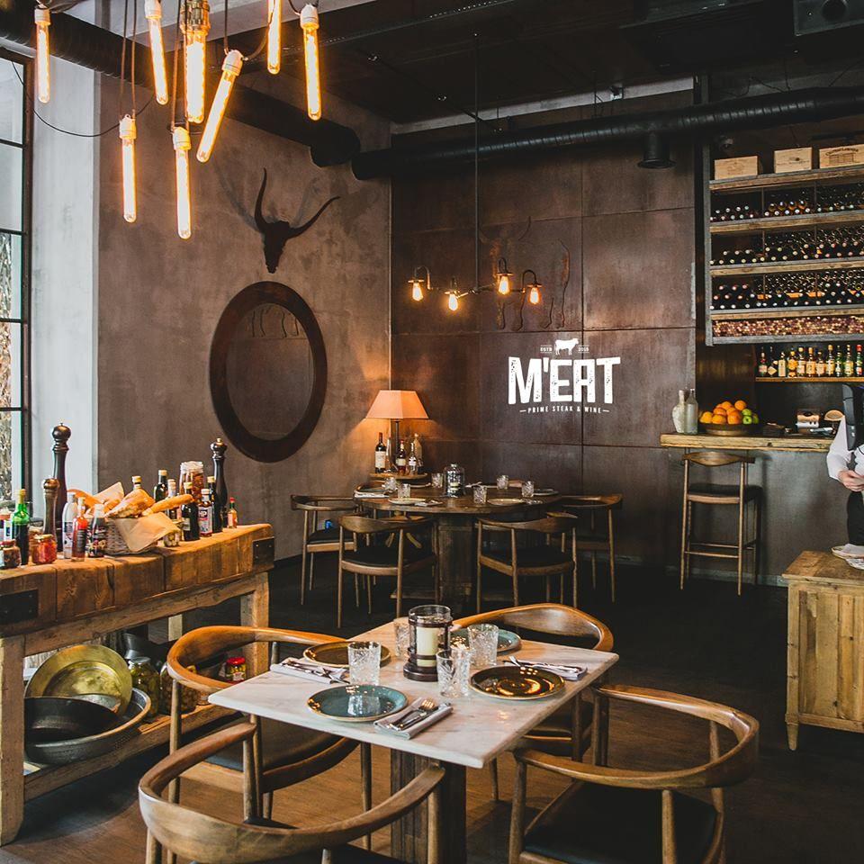Pin By Anne Cadiz On M Eat Steakhouse Design Interiors Steakhouse Design Restaurant Flooring