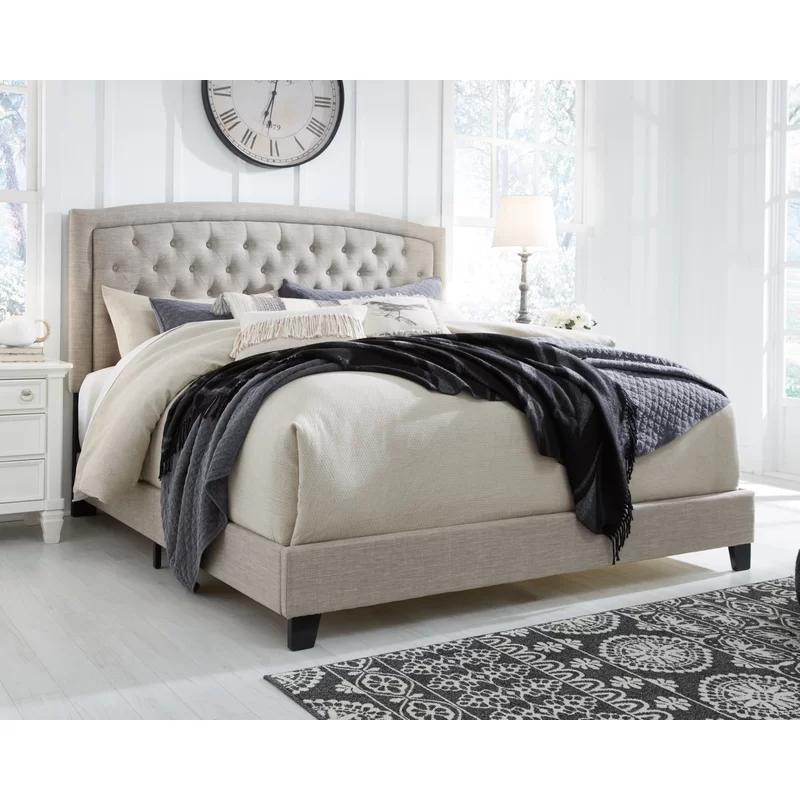 Macclesfield Queen Standard Configurable Bedroom Set in