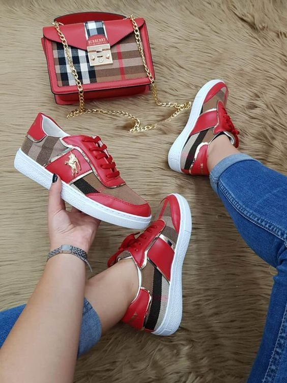 55bc7489a8 43 Street Shoes For Teen Girls #shoes #nike #nikeshoes #sneakers