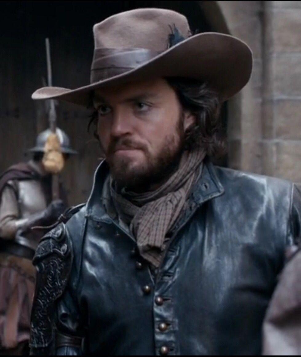 bbc musketeers cast saracen