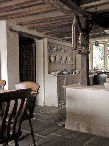 Love This Old English Farm House Kitchen Country House Interior