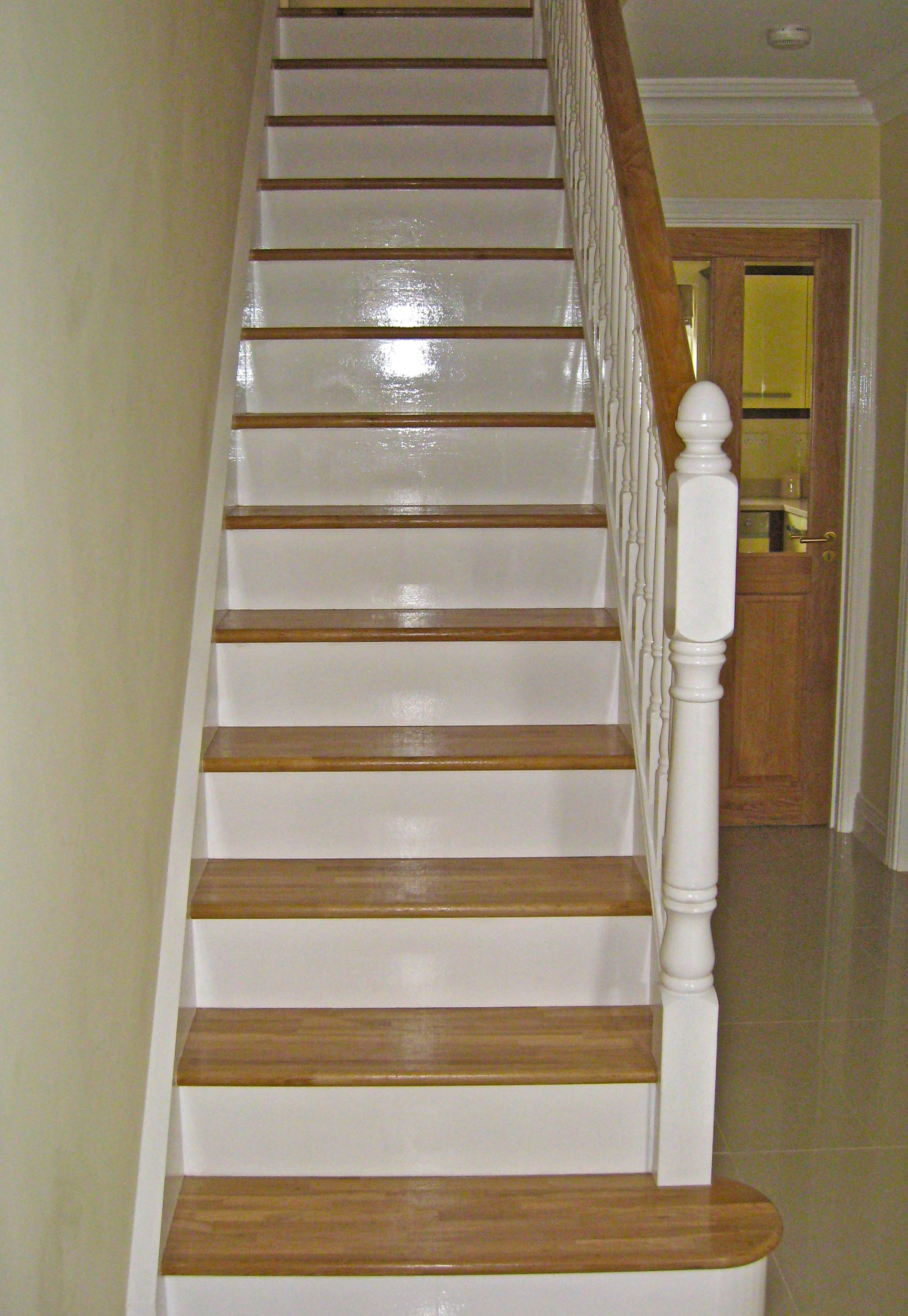 Best Oak Painted Stairs Western Joinery Co Ltd Joinery In 640 x 480