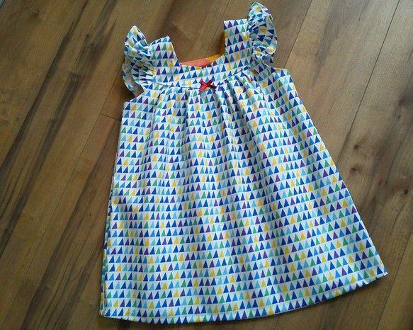 綿100%地、100センチサイズのワンピースです(^ー^) 袖周りのたっぷりフリルがかわいく、これからの季節は一枚で着るのがおすすめです(^ー^)|ハンドメイド、手作り、手仕事品の通販・販売・購入ならCreema。