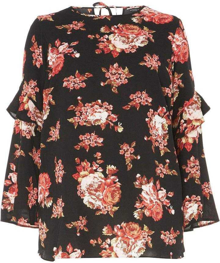 39ff8074355   DP Curve Red Floral Flute Sleeve Top  flute top print