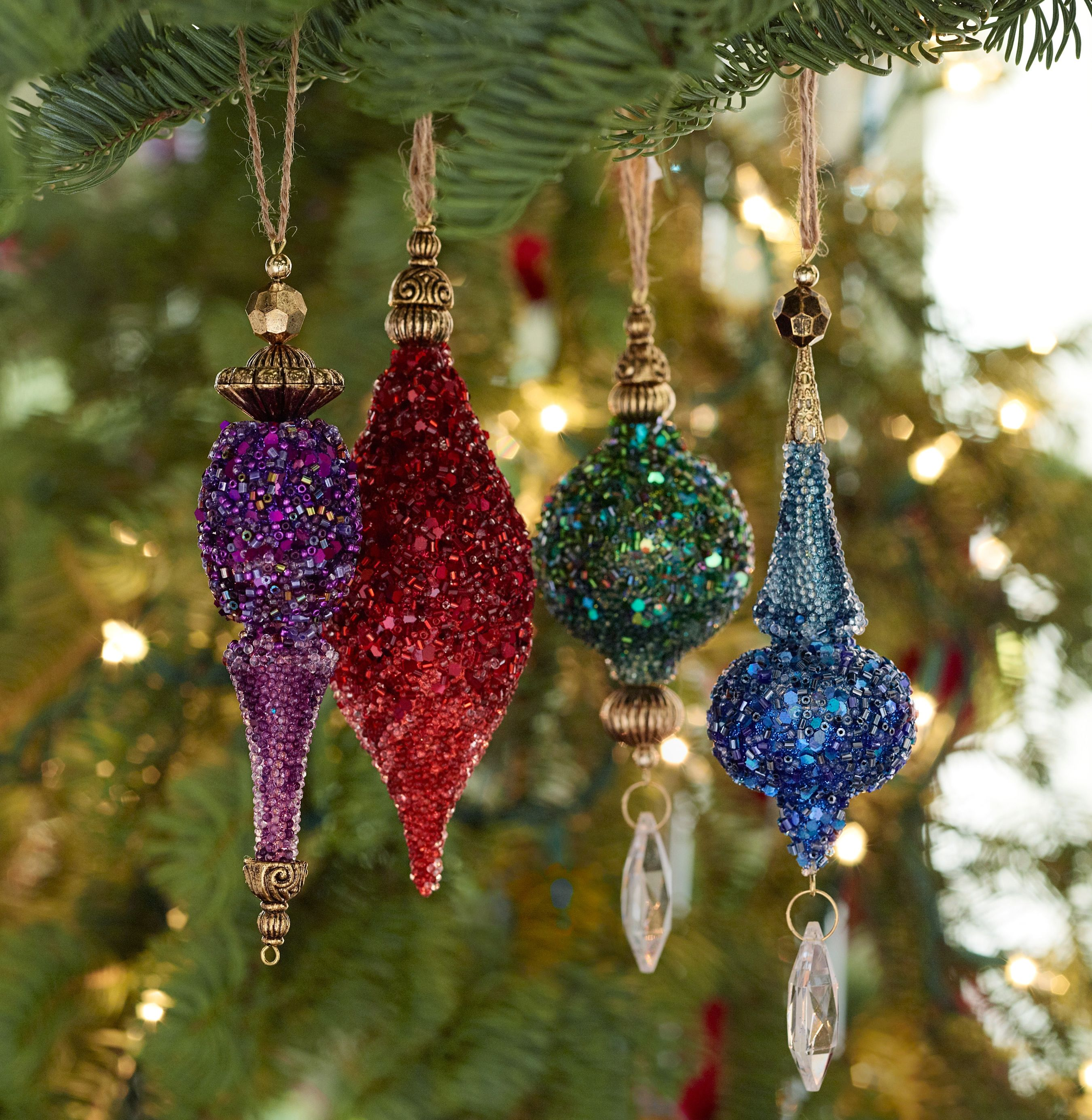 Tips for decorating like a pro this holiday season jewel for Holiday christmas ornaments