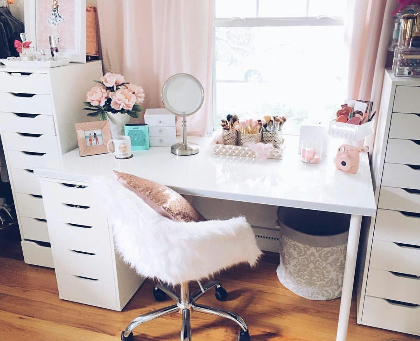 thayná karolayne vanity pinterest vanities beauty