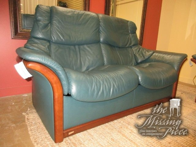 Ekornes Stressless Reclining Loveseat In A Deep Green Leather Wow