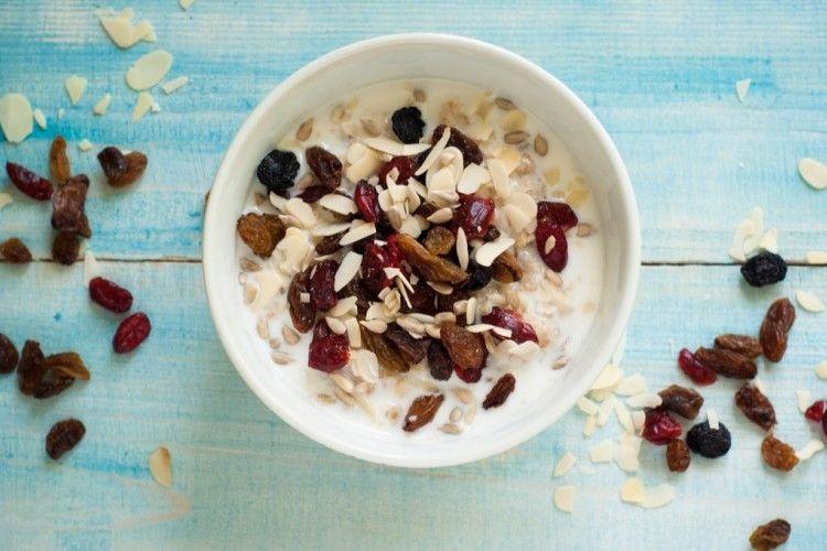 شوفان بالحليب والعسل مطبخ سيدتي Recipe Oatmeal Diet Low Calorie Recipes Satisfying Food