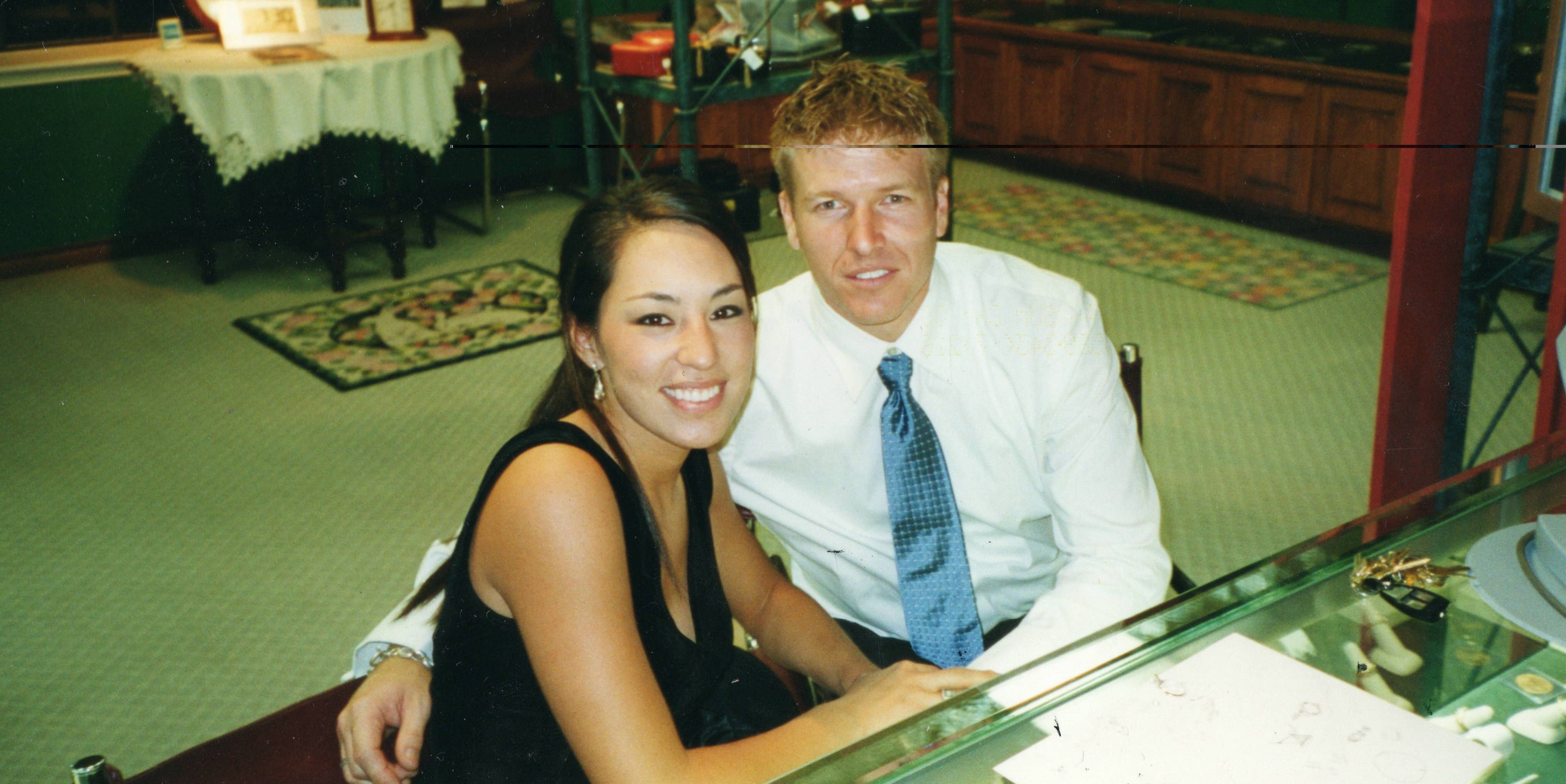 why joanna gaines will never upgrade her engagement ring. Black Bedroom Furniture Sets. Home Design Ideas