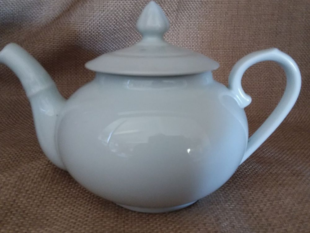 Pillivuyt Sancerre 32oz Teapot White France Traditional Williams Sonoma Superb #pillivuyt & Pillivuyt Sancerre 32oz Teapot White France Traditional Williams ...