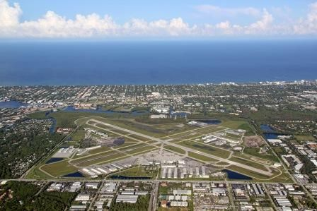City Of Naples Airport Authority 160 Aviation Drive North Naples Fl 34104 Phone 239 643 0733 Naples Airport City Airport