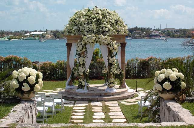 Bahamas Wedding Packages Bahamas Wedding Planners Consultants Bahamas Wedding Wedding Ceremony Arch Chateau Wedding France