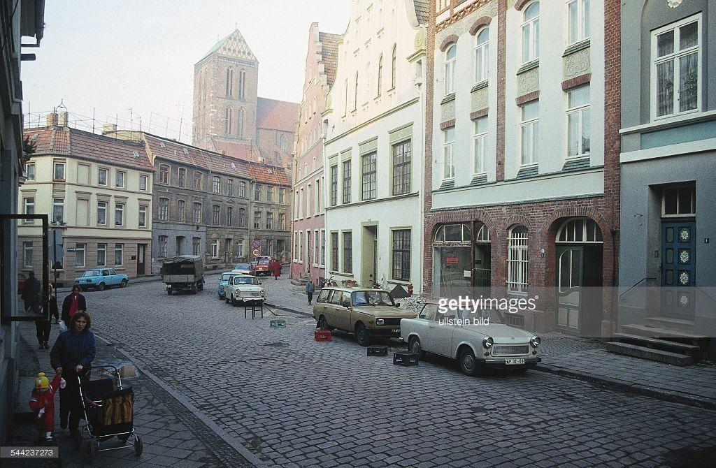 Rohrstrasse, im Hintergrund die Nikolaikirche. 1989