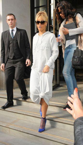 370a39916b8 Rihanna Lookbook: Rihanna wearing Hoodie (4 of 6). Rihanna dressed down her  knotted dress with a gray