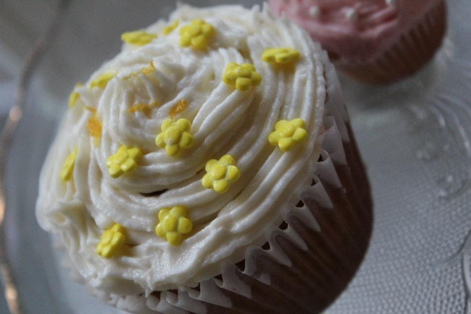 Lemon flavored cupcakes