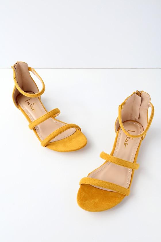 Quin Mustard Suede Flat Sandals   Suede