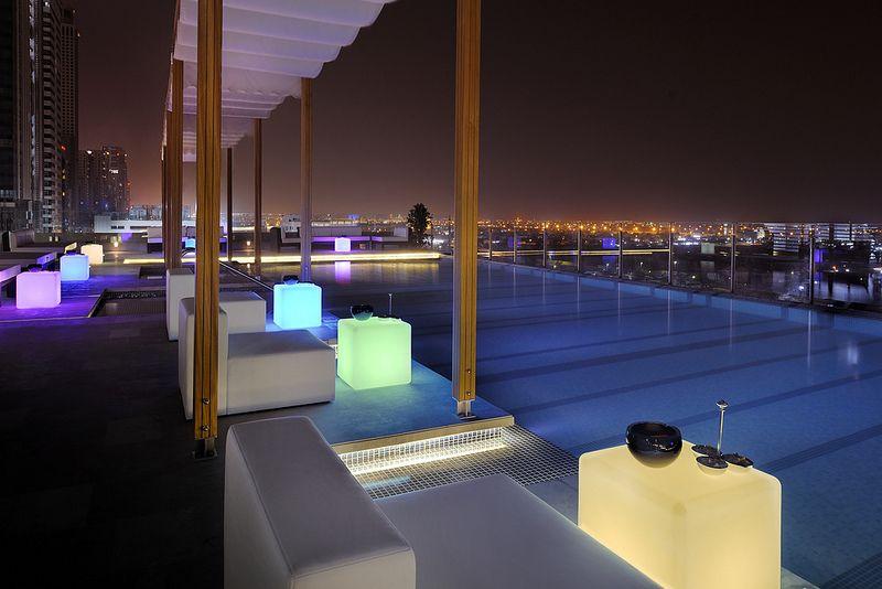Swimming pool Hotel, Dubai hotel, Royal hotel