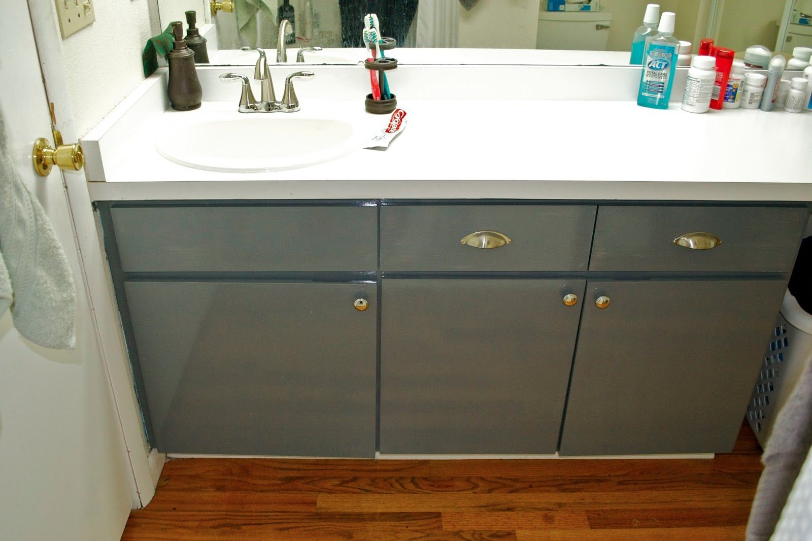 Seesaws And Sawhorses Painting A Laminate Vanity LPMaster Bath - Painting bathroom vanity laminate