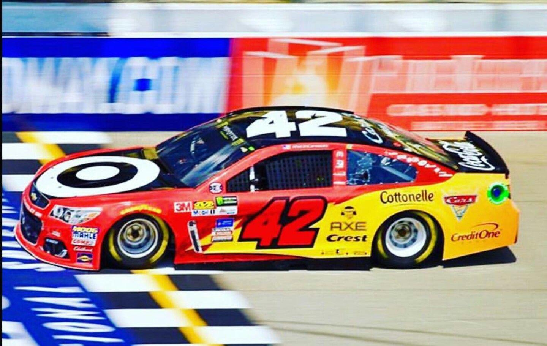 Kyle Larson Wins Michigan 2017 Cars 3