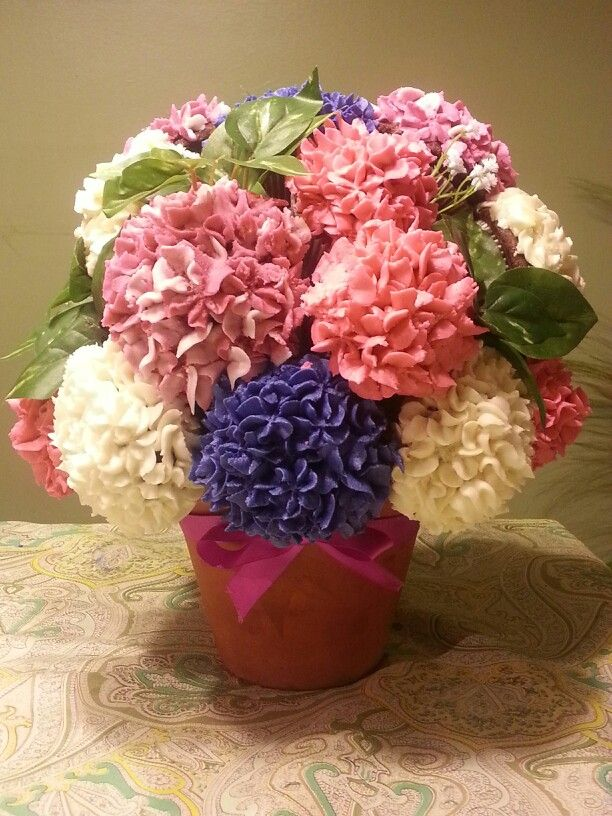 Hydrangea cupcake bouquet cookies and cakes pinterest