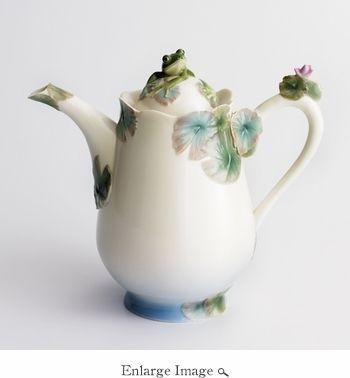 Franz Porcelain Tea Pot - Franz Amphibia frog teapot