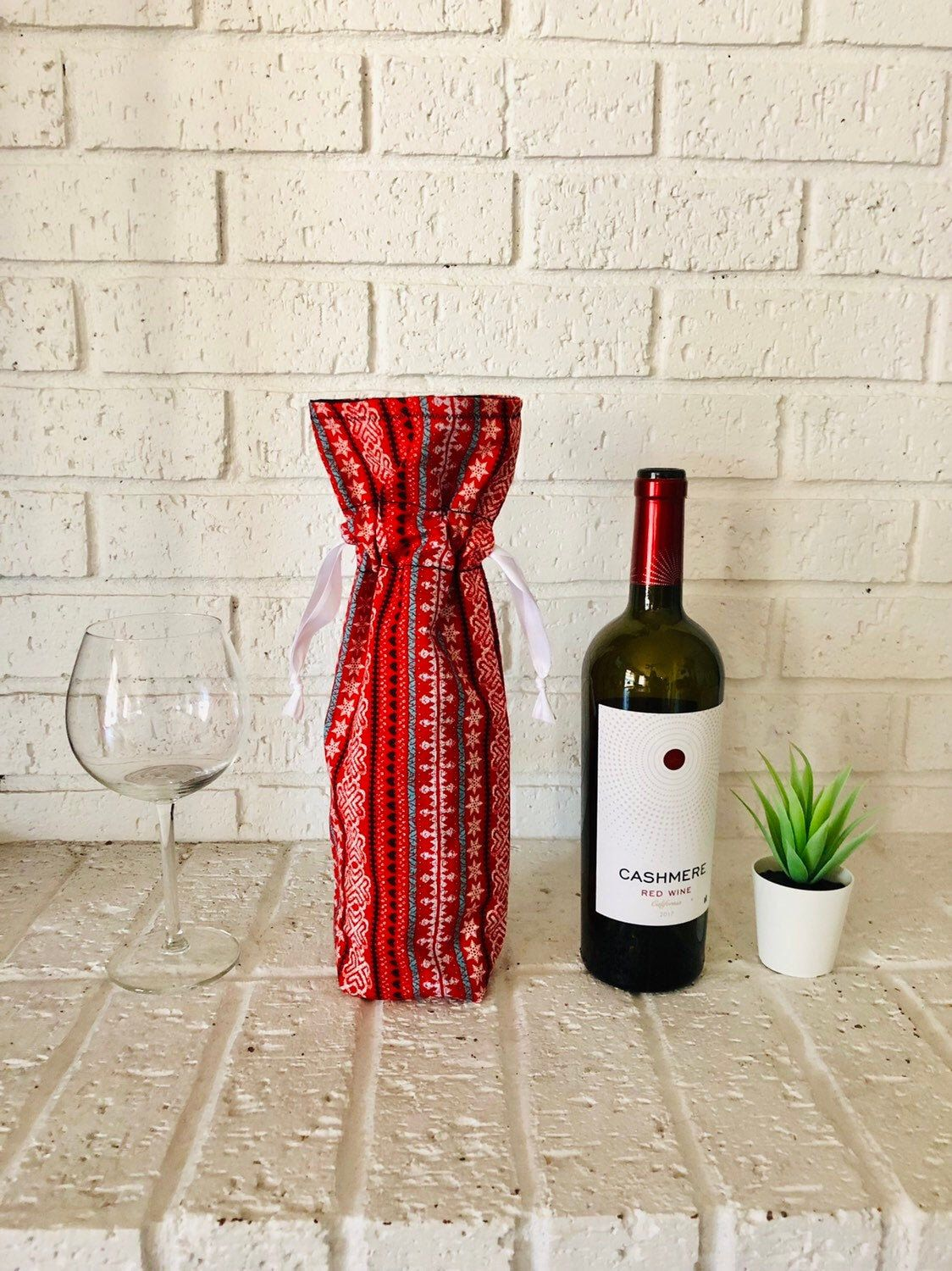 Modern Christmas Wine Bag Xmas Fabric Wine Gift Bag Modern Etsy Wine Christmas Gifts Christmas Wine Modern Christmas