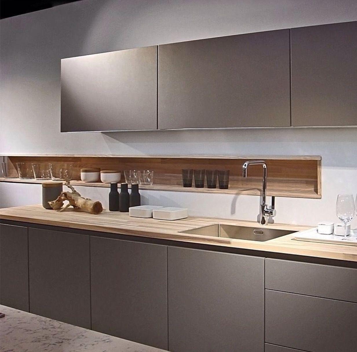 Nicho na parede libera a bancada cozinha pinterest for Design kitchen set