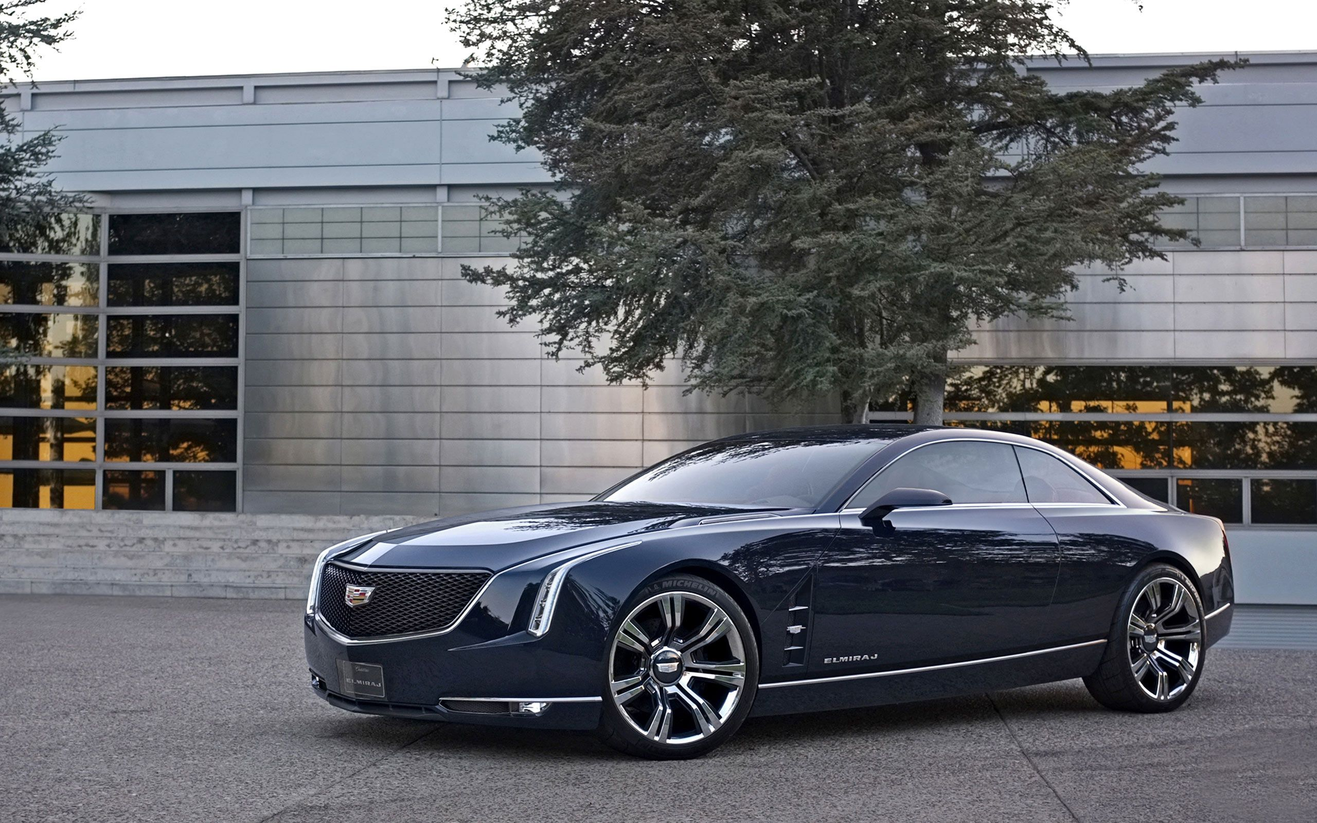 Last Night, Cadillac Debuted Its New Full Size Luxury Coupe Concept. Dubbed  The Elmiraj, The Big Coupe Is Going To Be The Talk Of Pebble, Hopefully  Hinting ...