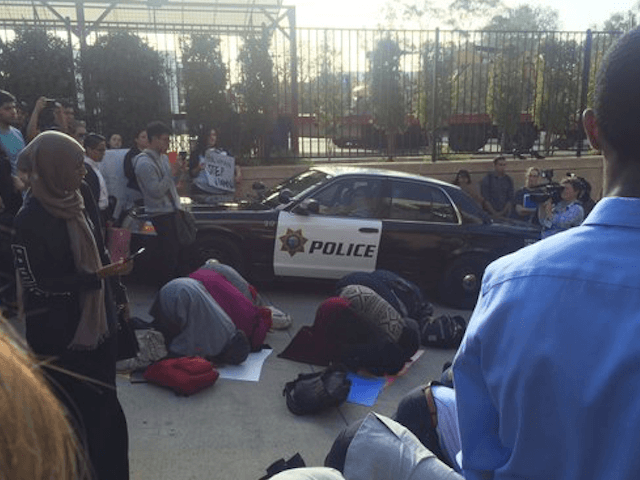 Source: Pro-Islam Students Trap, Bully San Diego State's Jewish President San Diego State University's Jewish President Elliot Hirshman was hounded, bullied and trapped in a police car on Wed…