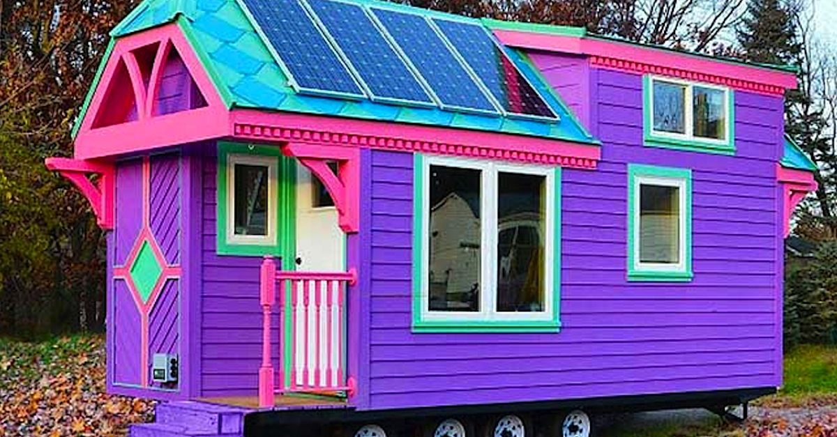 firefighter says she lives in this crazy purple house but the inside is just as surprising. Black Bedroom Furniture Sets. Home Design Ideas