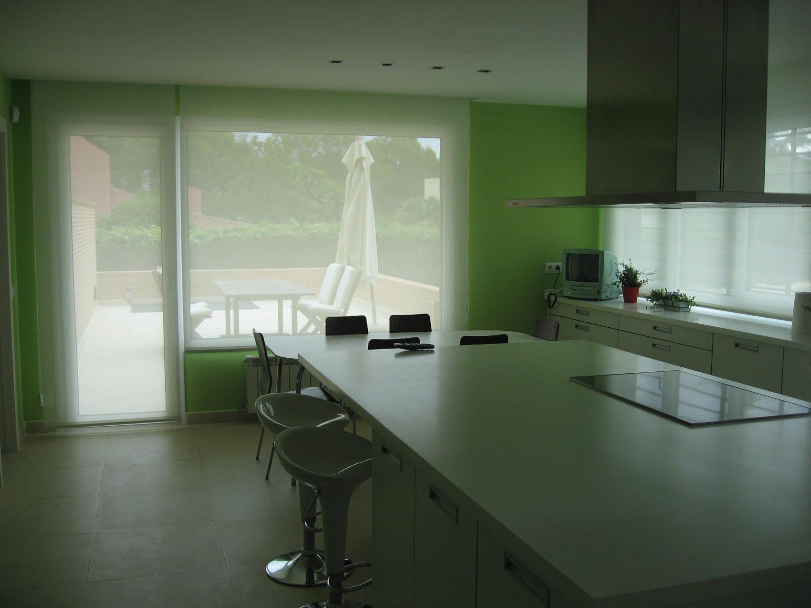 Interior de cocina diseño de NRCR ARQUITECTOS S.L.P.