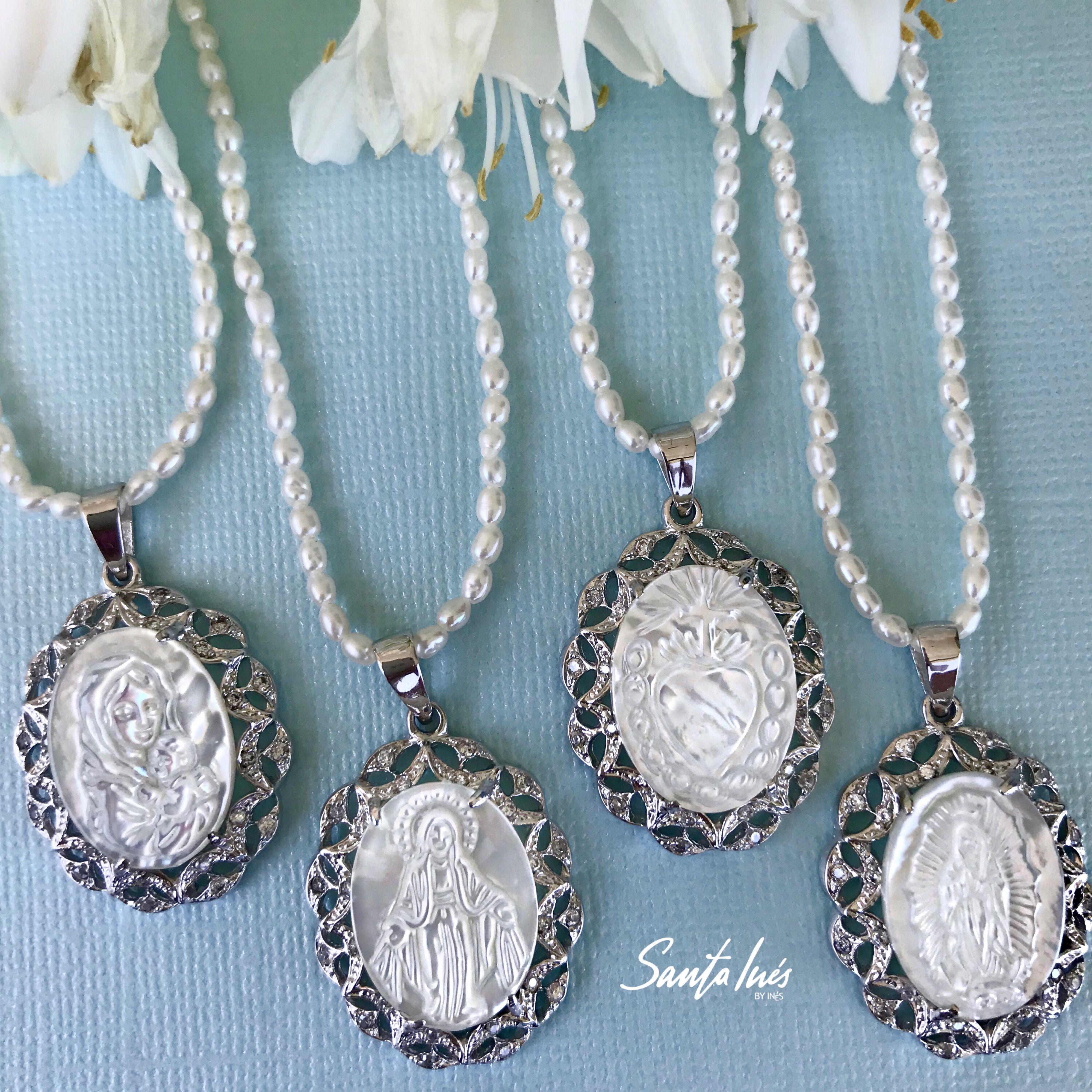 3658e6544770 Colección de medallas de concha nácar en plata .925 Virgen del Carmen