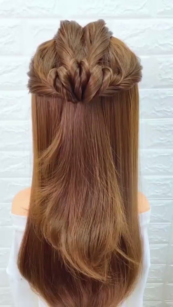 15 Simple And Easy To Learn Hairstyle Ideas For Girls Nowadays Video Hair Styles Long Hair Styles Easy Hairstyles