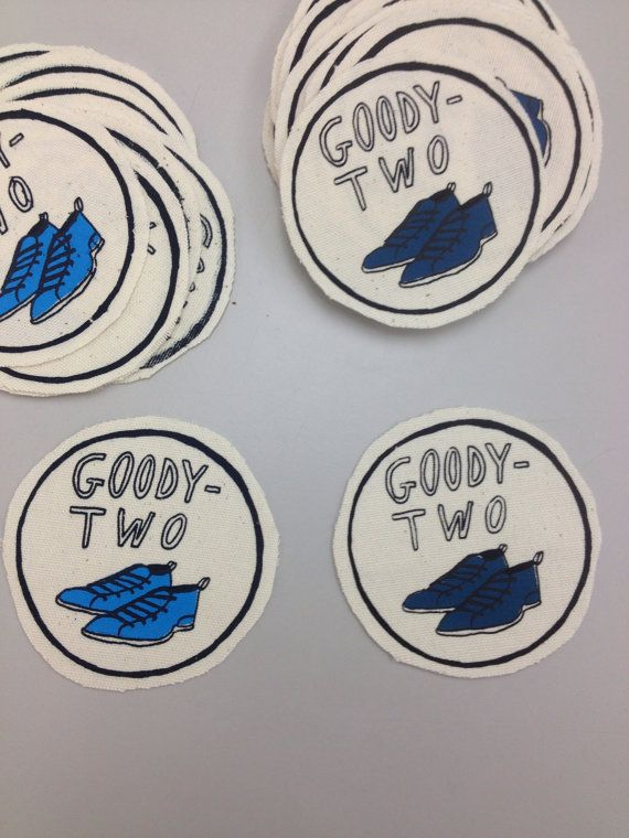 COURTNEY NEW EMBROIDERED  SEW IRON ON NAME PATCH BLUE ON WHITE