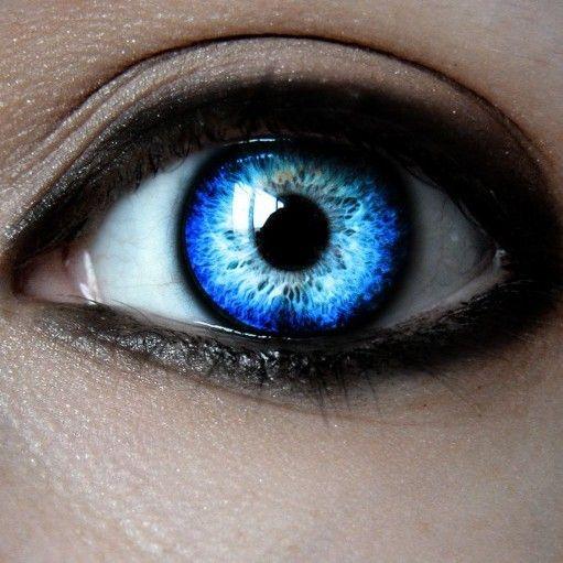 Самые красивые цвета глаз