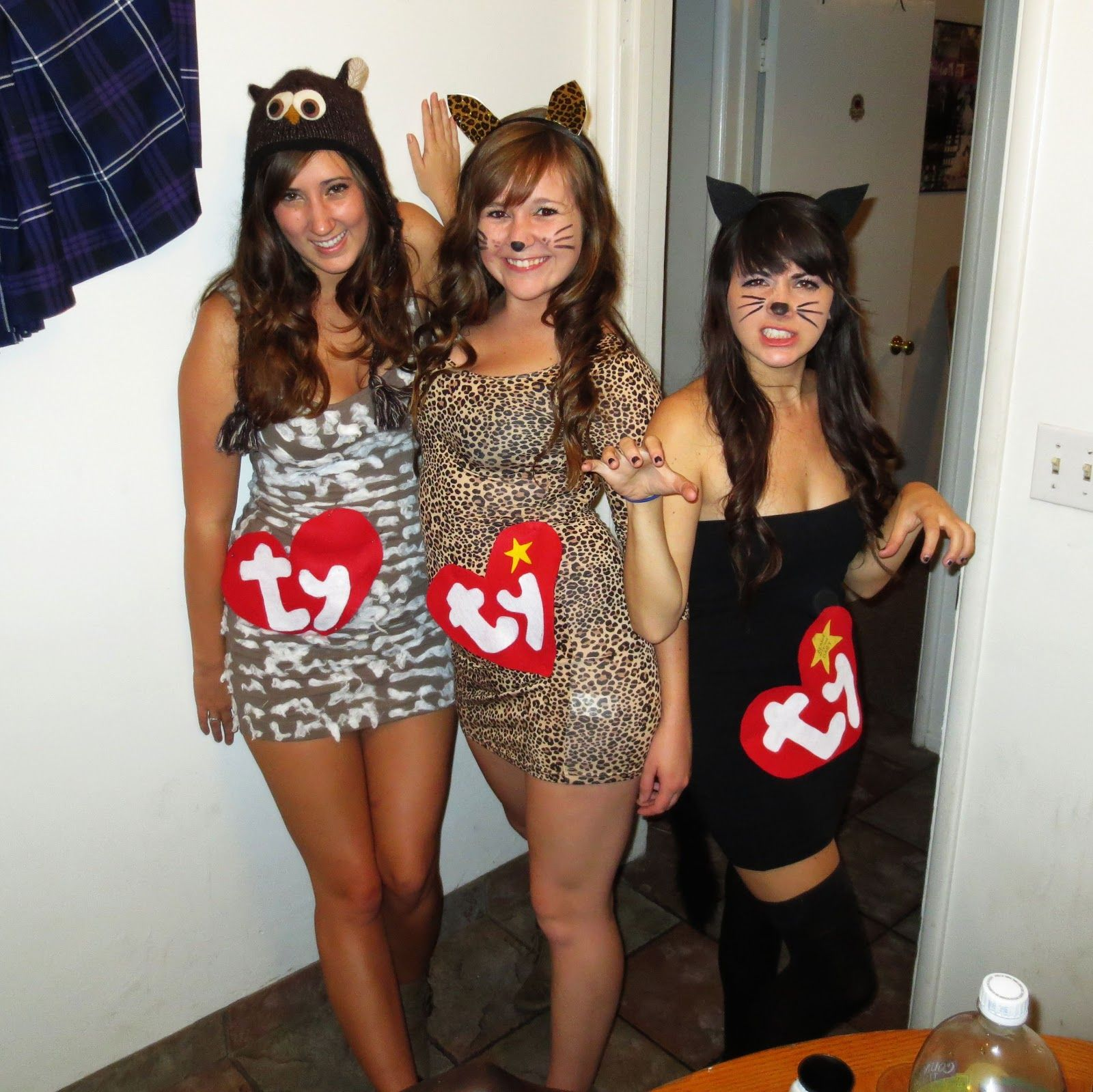 halloween college party 32 easy costumes to copy that are perfect for the college halloween party - by sophia lee find this pin and more on halloween by taylor parenti 15 feminine college party outfits for young fashionistas 4 - 15 feminine college party outfits for young fashionistas (halloween college party.