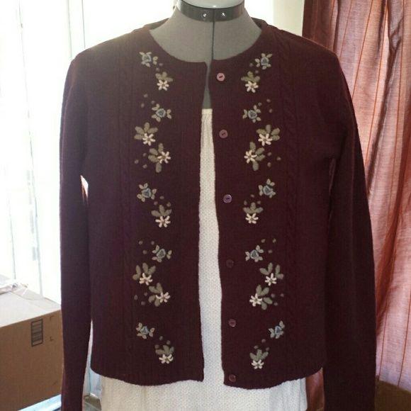 Eddie Bauer 100 % Lambswool. So cute and warm. Full length sleeves. Eddie Bauer Sweaters Cardigans